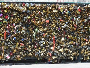 "The remaining ""Love Locks"""