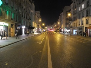 Rue St. Antoine, our street, with no traffic!