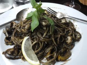 "Bernie's squid linguini a la ""ink"""
