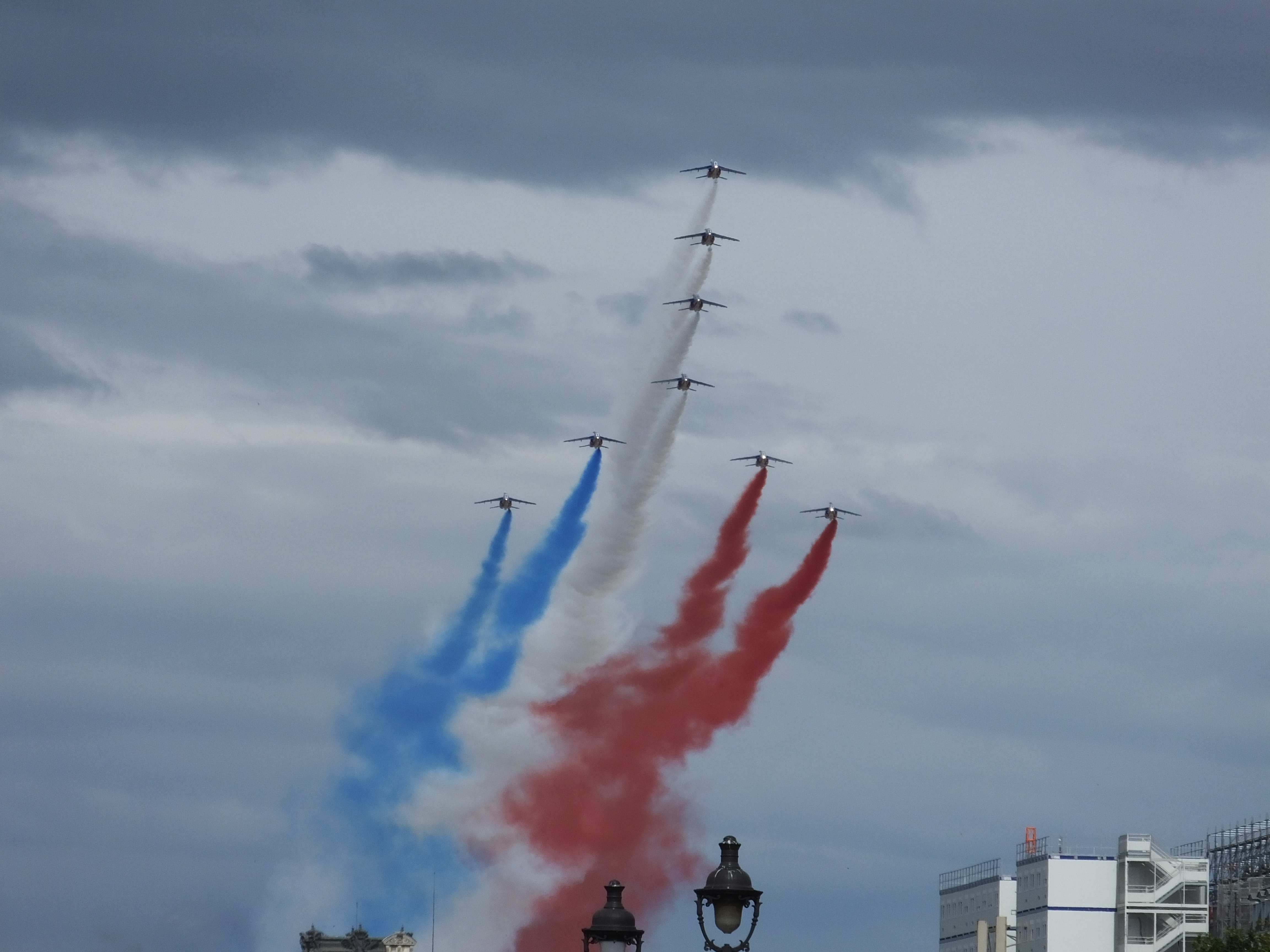The Bleu-blanc-rouge fly-by